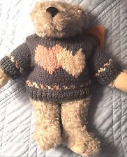 Boyds Bears Valentine Floyd w/ hearts sweater 1999 Retired