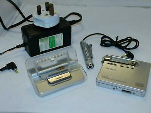 Sony Silver Net MiniDisc Walkman (MZ-N10)