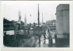 Photo allemande guerre WW2 -- Soldats de la Wehrmacht à Bordeaux en France