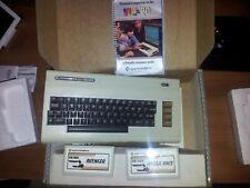 Commodore Vic20 mod, USA in scatola con Manuale e 2 Cartucce