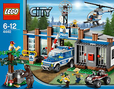 Lego City Town 4440 FOREST POLICE STATION Bear Tree Minifigs Xmas Present NISB