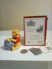 Disney Jim Shore Showcase Pooh Bear Mini-figurine