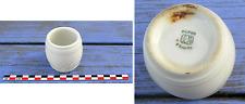 Petit pot à moutarde en forme de tonneau blanc, faïence de Mehun, années 1930...