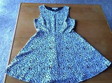 JUNIOR YOUTH GIRLS DRESS - MEDIUM - FOR 10-12 YEAR OLD - BEIGE ROSES - EUC