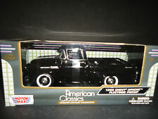 Motormax Chevrolet Apache Fleetside Pickup 1958 Black 1/24