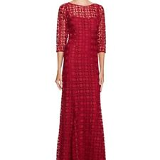 Kay Unger Women's evening Lace Maxi dress Gown size 4