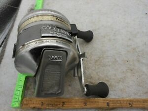 Vintage Zebco One Classic Feather Touch SPINCASTING Fishing Reel