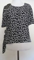 Zara Black White Floral Print Short sleeve Crop Blouse Size   SIZE  L.