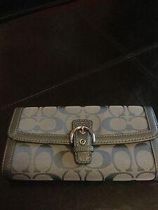 Coach Soho Signature Buckle Slim Envelope Wallet F 47702 Gray/Gunsmoke NWOT