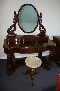 Antique mahogany dressing table with mirror Circa 1875