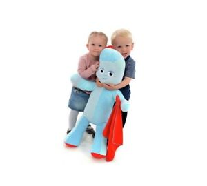In The Night Garden Jumbo Huggable Iggle Piggle 30 Inch Plush Soft Toy Is Made