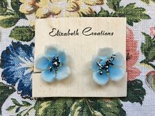 Pretty vintage 50's/60's kitsch delicate plastic flower clip on earrings - blue