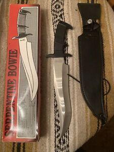 United Cutlery #UC 469 Serpentine Bowie Hunting Fighting Survival Knife W/Sheath