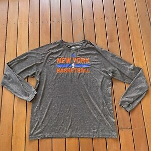 New York Knicks Basketball Size XL Grey Long Sleeve Top Climalite Sport Casual