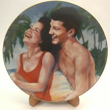 """""""Fun In The Sun"""" plate Frankie & Annette Collection"""