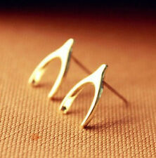 TINY WISHBONE DREAM MAKE Wish CHIC GOLD TONE KITSCH STUDS EARRINGS luck Her Gift