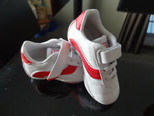 New Without Tags/Box Toddlers Lonsdale Shoes - Size 5US.
