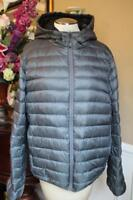 mens Tumi Nano Packable Hooded Coat size large  (co200