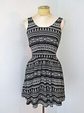 NWT F21 Forever 21 Black Cream Geometric Stripe Jumper Dress Sundress Tieback S