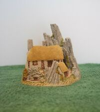 """David Winter Cottages """"Crofters Cottage"""" Mint in original box."""