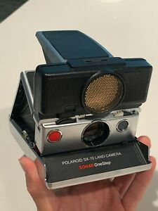 Polaroid Land Camera SX-70 Sonar One Step with Leather Bag
