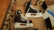 New Bauer Ice Skates Hockey Silver Comp Women's Size 3 R - Shoe size 4 or Youth