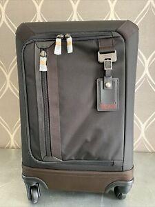New Tumi Delridge International Expandable Carry-On (MRSP $625) Luggage