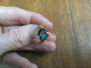 Gold 9ct London Blue Topaz Ring. Valentines gift