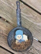 Antique Primitive Speckled Metal Pan Tin HEN ON NEST Wall Amish Folk Art ❤️