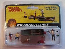 Woodland Scenics Ho #1923 Family Fishing
