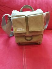 National Geographic Earth Explorer NG 2344 Schultertasche klein