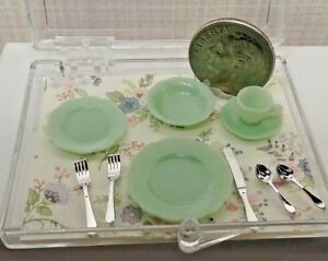 Dollhouse Miniature Chrysnbon Green Jadite 5 piece Place Setting + Flatware !:12