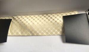 New In Box Cerruti 1881 Cream light Gold Pure Silk Tie
