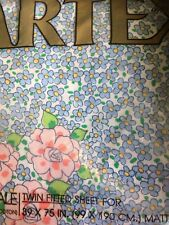vintage Martex fitted twin sheet no iron Percale flowers blue pink 50 50 blend