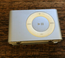Apple iPod Shuffle 2nd Generation 1Gb Mp3 Player A1204 Silver + 2 Docks