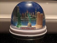 Vtg Nyc Statue of Liberty Twin Tower Snow Globe #345 Plastic