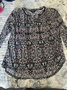 Liz Claiborne Career Woman plus size 1x blouse.