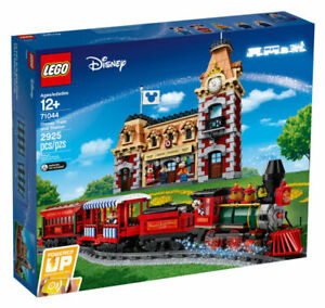 LEGO-71044-Disney-Magic Kingdom Train and Station Set-New in Sealed Box!