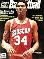 """HAKEEM OLAJUWON Signed Autographed Magazine """"HOUSTON ROCKETS""""  PSA/DNA #F87698"""