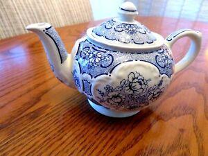 Vintage James Sadler ''Afternoon Tea'' Teapot  Filigre  FlorFal   Blue/ white