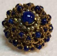 Spilla dorata con pietre blu e perline bianche - cm. 2,7 - Vintage