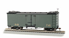8Bachmann Spectrum On30 Scale Reefer - Green w/Black Roof, Data Only
