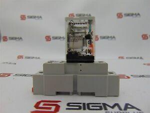 Magnecraft 781XAXM4L-24D Relay w/ Magnecraft 70-781D5-1 Socket Base 20 A 300 V