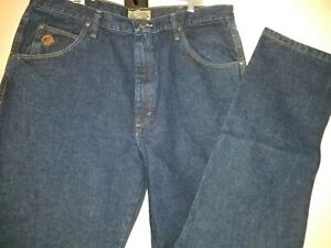 MENS Jeans WRANGLER 20X size 38 x 36 Regular Fit tapered leg dark blue NWT