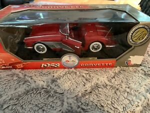 New Collectible 1:18 Red 1958 Chevrolet Corvette Convertible MOTORMAX NEW IN BOX