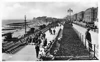 POSTCARD   SUSSEX   EASTBOURNE   Parade  and  Wish  Tower      RP