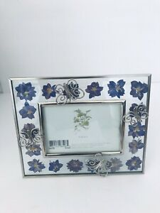 """Pressed Dried Flowers Photo Frame Butterflies Holds 3.5x5"""" Photo Silver Tone EUC"""