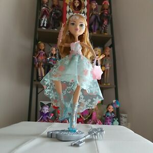 Ever After High ASHLYNN ELLA  Fairest on Ice Doll RARE - NEW WITHOUT PACKAGING