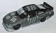 #18 TOYOTA NASCAR 2011 * M&M´S * STEALTH FINISH - Kyle Busch 1:24 lim. 326 pcs.