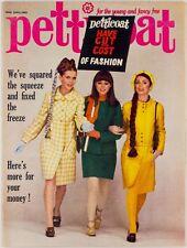 VIDAL SASSOON Francoise Sagan TWIGGY Michael Caine VTG THRIFT Petticoat magazine